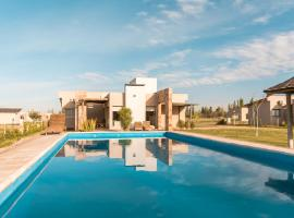 Azalea Luxury Lodge, vacation rental in San Rafael
