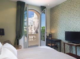 Hotel Le Grimaldi by Happyculture, hotel in Nice