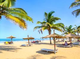 Palm Beach Hotel, hotel in Kotu