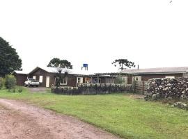 Pousada Estância Paraíso, homestay in Cambara do Sul