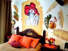 "Apartamento de diseño en ""Century Tower"", hotel cerca de Terminal Tres Cruces, Montevideo"