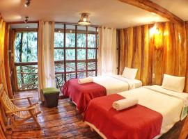 Eco Quechua Lodge, lodge in Santa Teresa