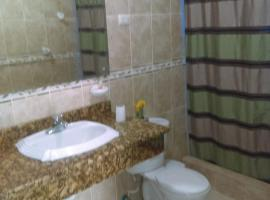 Ensenada Resort, hotel in Punta Rucia