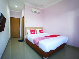 OYO 1573 Mahera Residence, hotel di Manado