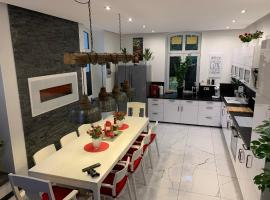 Wieko Ferienwohnungen - Luxus pur im Prinz von Preußen, Erdgeschoss, apartment in Bad Elster