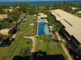 LINDO VILLAGE NA MARAVILHOSA PRAIA DE ITACIMIRIM, hotel in Itacimirim