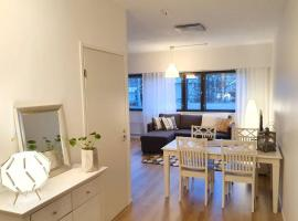 COZY APARTMENT NEAR THE CITY CENTRE! FREE PARKING, hotel in Vaasa