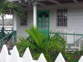 Tees Chalet, hotel in Nevis