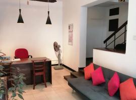 ACA B&B, hotel in Colombo