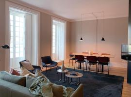 Oporto Serviced Apartments - Miragaia, rental liburan di Porto