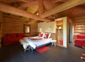 Les Chalets de Maramour, hôtel à Chazey-sur-Ain