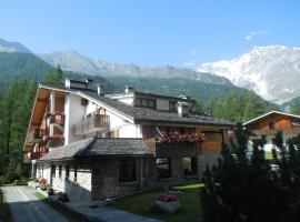 Residence Weissthor, Hotel in der Nähe von: Dufourspitze, Macugnaga