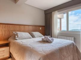 Via Florida Luxo II, hotel with jacuzzis in Gramado
