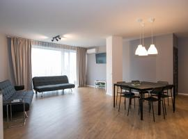 Spacious and sunny apartment in Birstonas center, atostogų būstas Birštone