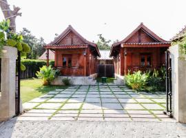 Omah Teras Bata Guesthouse, vila di Yogyakarta