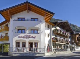 Hotel Salzburgerhof, hotel ve Flachau