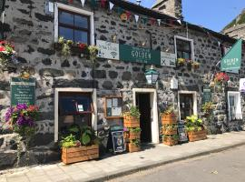 The Golden Fleece Inn, hotel in Porthmadog