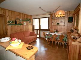 Appartamenti Cercenà, apartment in Canazei