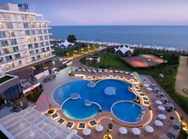 Radisson Collection Paradise Resort and Spa Sochi, hotel with jacuzzis in Adler