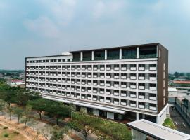 ISORAS CIKARANG, hotel near Blu Plaza, Cikarang