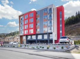 The Hue Hotel, Ascend Hotel Collection, hotel in Kamloops