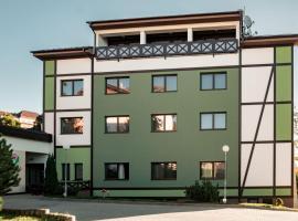Apartmanovy dom Familia Smokovec, hotel near Starý Smokovec-Hrebienok, Vysoké Tatry