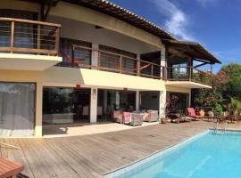 Ixani Pipa Suites, hotel perto de Chapadão, Pipa