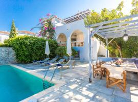 Villa Scirocco, pet-friendly hotel in Spetses