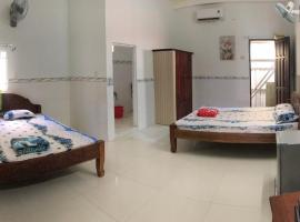 Nha Nghi 79, hotel in Rach Gia