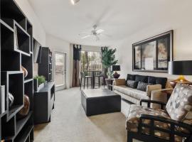 Brand New Phoenix Suite + Resort-style Amenities, vacation rental in Phoenix