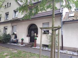 Ferienwohnung Talblume, budget hotel in Marl