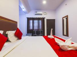 Fullmoon beach place, hotel in Candolim