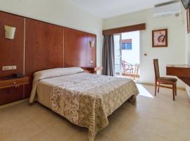 N.Ch, hotell i Torremolinos