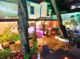 Granada Hostel, hotel cerca de Plazoleta del Chorro de Quevedo, Bogotá