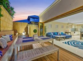 Sorrento Beach Manor, guest house in Perth