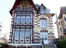 Villa Eugénie, apartment in Deauville