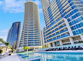 Luxury Residence Surfers Paradise Five Star Apartment, apartment in Gold Coast