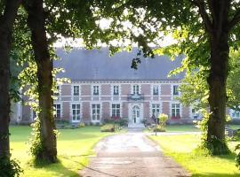 Domaine De Sery, resort village in Bouttencourt
