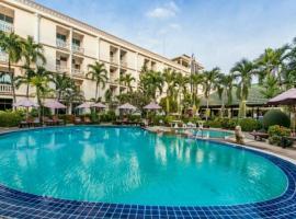 Hotel Romeo Palace Pattaya, hotel near The Sanctuary of Truth, North Pattaya