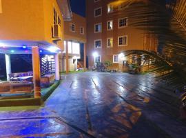 PLUS 33 HOTEL, hotel in Nungua