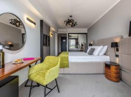 Hotel Omorika, hotel u Crikvenici
