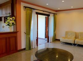PS Thana Apartment, hotel in Koh Samui