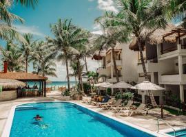 Petit Lafitte Hotel, hotel in Playa del Carmen