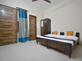 SPOT ON 64947 Janta Heights, hotel in Kharar