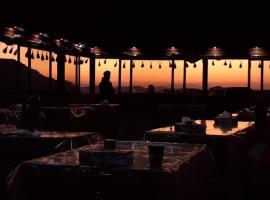 Bedouin Desert camp, hotel in Wadi Rum