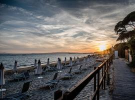 Golfo del Sole Holiday Resort, hotel in Follonica