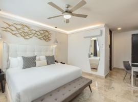 Serenity Hotel Boutique, hotel near Kool Beach Club, Playa del Carmen