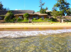 Casa na Praia Tofo- beach front hotel, guest house in Praia do Tofo