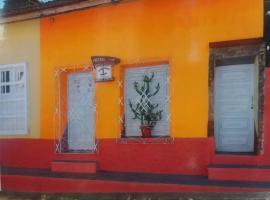 Hostel Villa La Ceiba, bed & breakfast a Trinidad