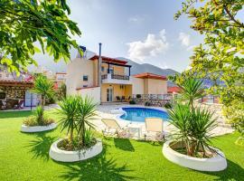 Villa Vadim, hotel with pools in Balíon
